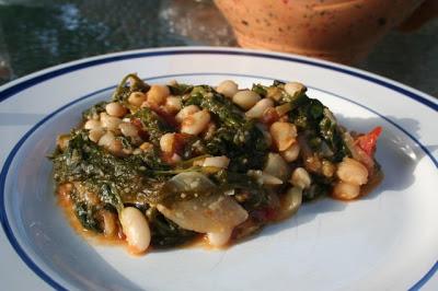 Judias Blancas Con Espinaca (Spinach and Beans)