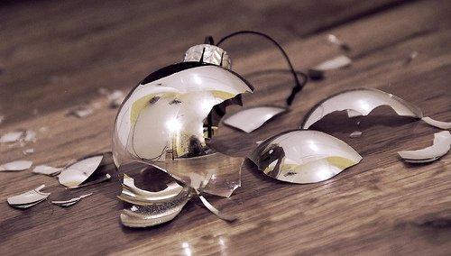 broken-ornament