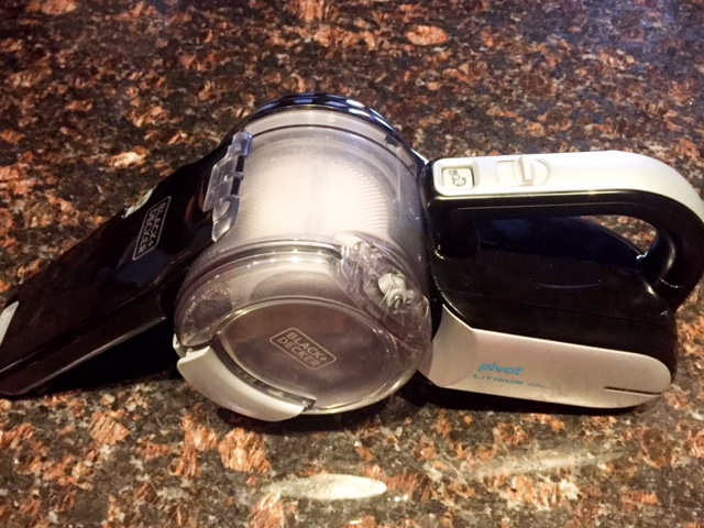 Black + Decker Handheld Vaccum