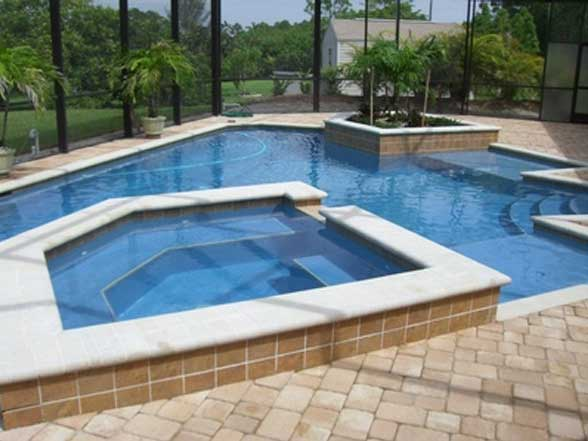 Pool cleaning tips from Trades Check