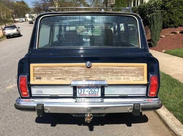 Grand Wagoneer Vinyl Woodgrain
