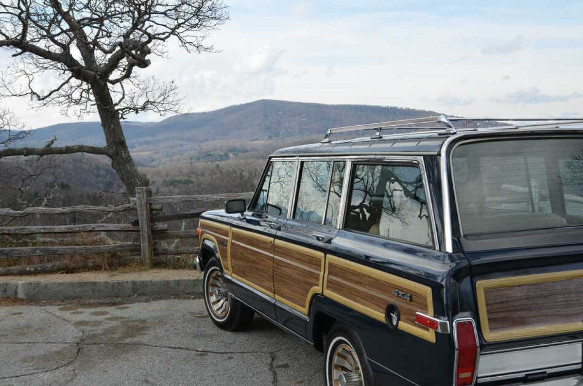 Jeep Grand Wagoneer, Blue Ridge Parkway