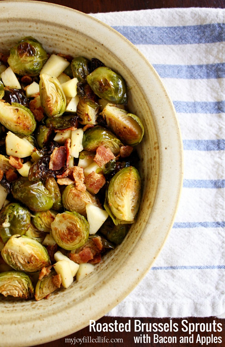 This is the perfect Thanksgiving side dish! Roasted Brussels Sprouts with Bacon and Apples is the perfect mix of savory and sweet- it's so easy to make and perfect for a crowd!