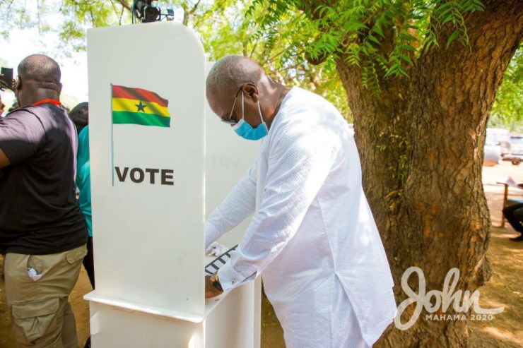 My bodyguard's name has been removed from the register - Mahama laments. 17
