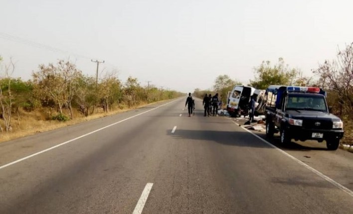 Six dead ,five people injured in road accident at mpaha. 2