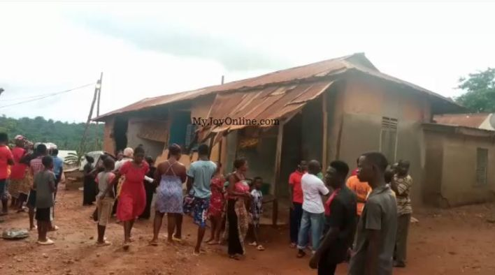 One feared dead after mud building in Obogu collapses