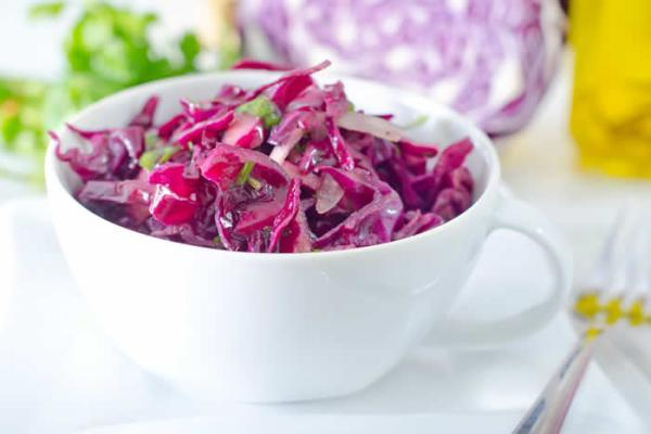 How-To-Make-Kimberly-Snyder's-Probiotic-Enzyme-Salad-aka-Raw-Sauerkraut