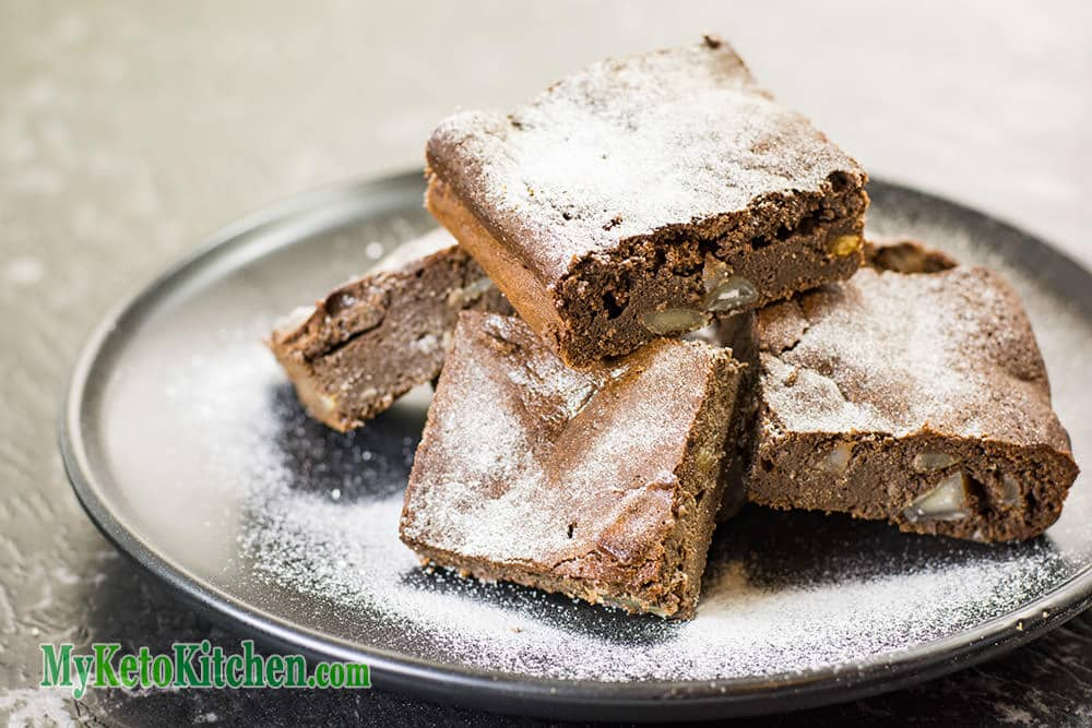 sugar free macadamia brownies