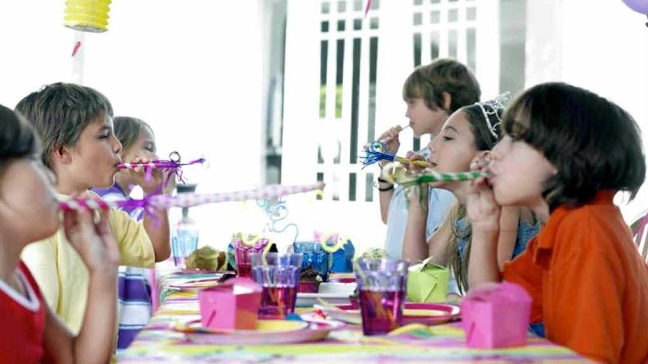 20 Highly Entertaining Party Games For Tweens And Older Kids