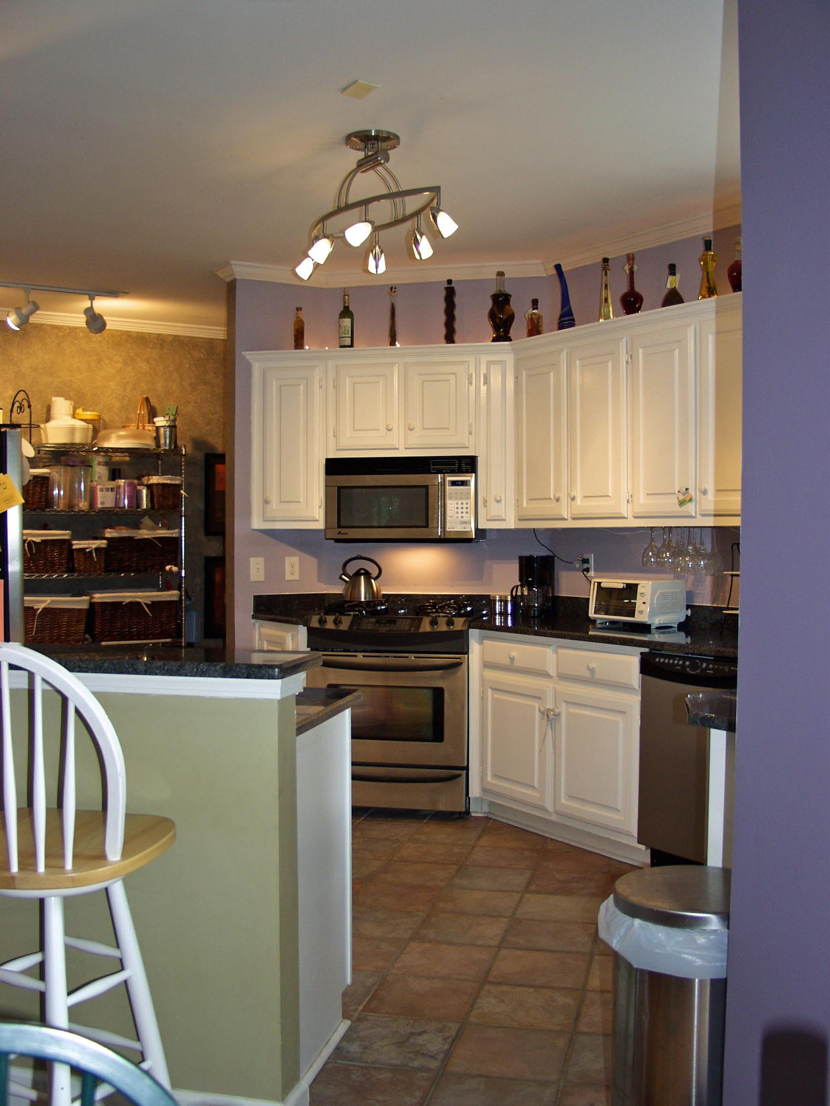 Lighting For Small Kitchens With Pendant And Under Cabinet