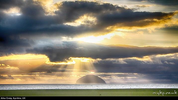 Free-windows-desktop-backgrounds-ailsa-craig-by-mykpcouk