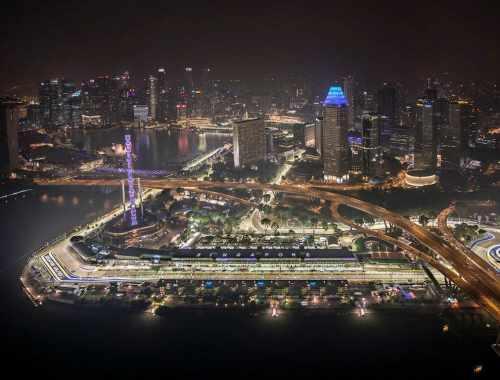 Un circuit automobile, voilà une belle idée de destination si vous souhaitez conduire comme Vin Diesel !