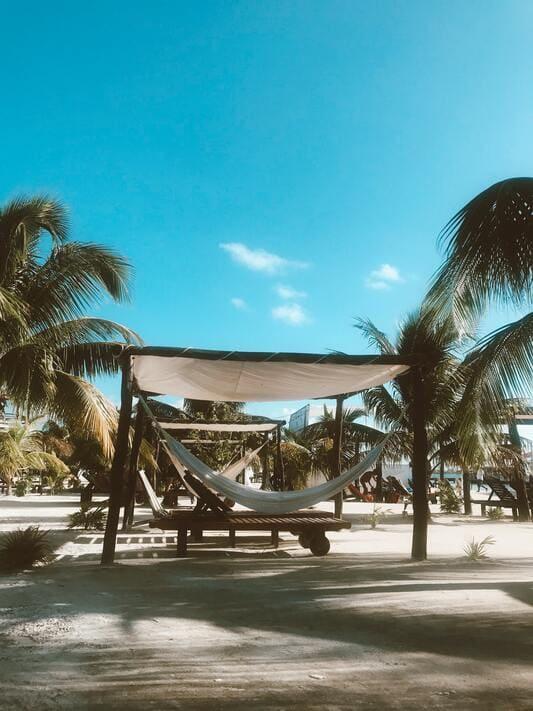 ou aller en vacances - Belize en Amérique du sud plage et palmiers