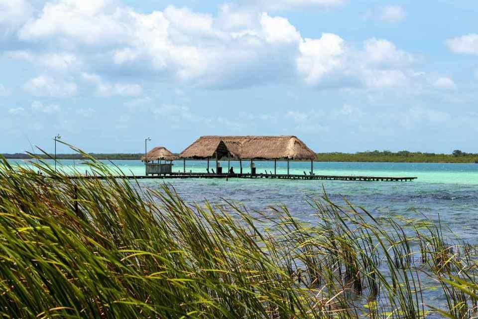 ponton océan Mexique eau turquoise