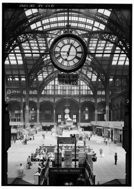 Concourse in 1962 by Cervin Robinson