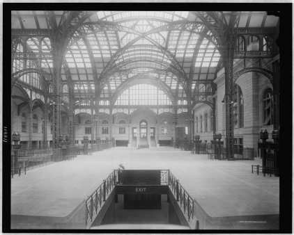Concourse from South to North in 1910