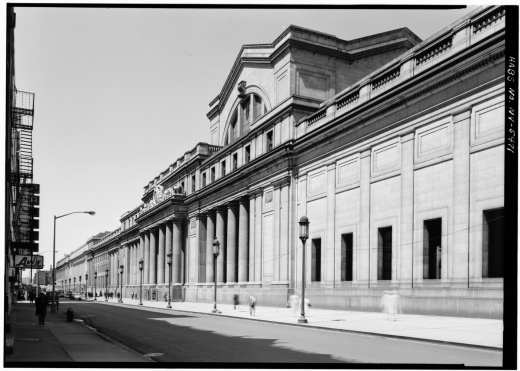 South façade in 1962 by Cervin Robinson