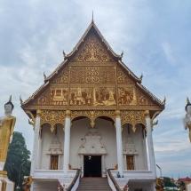 praying temple