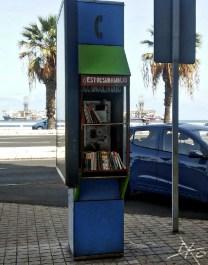 buch-tausch-telefonzelle-avenida-canarias-las-palmas.jpg
