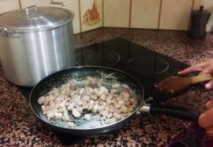 spaghetti-carbonara-italienisch-schweinebauch-gebraten.jpg
