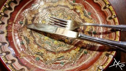 Ein Indiz für das leckere Essen im Balkan Restaurant ist ein leerer Teller.