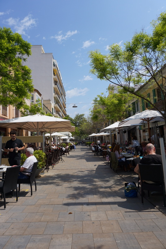 Carrer de la Fabrica - where the locals eat in Palma