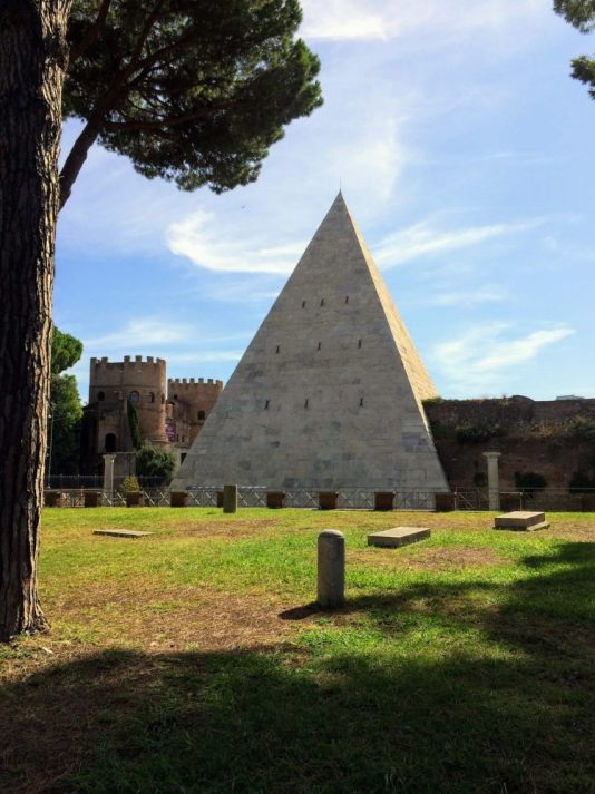 If you're looking for secret Rome - unknown sights that event he locals don't know about then you've found one here with the ancient pyramid of Rome, not too far off the beaten track but a must see place.