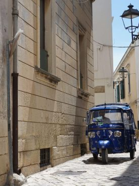 what to see in Otranto : the narrow cobbled streets