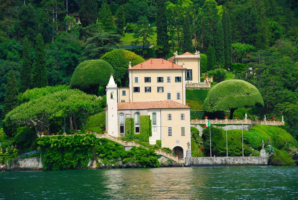 best places to visit Lake Como - Villa Balbianello