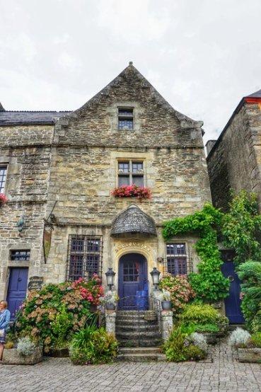 visiting rochefort-en-terre, Brittany