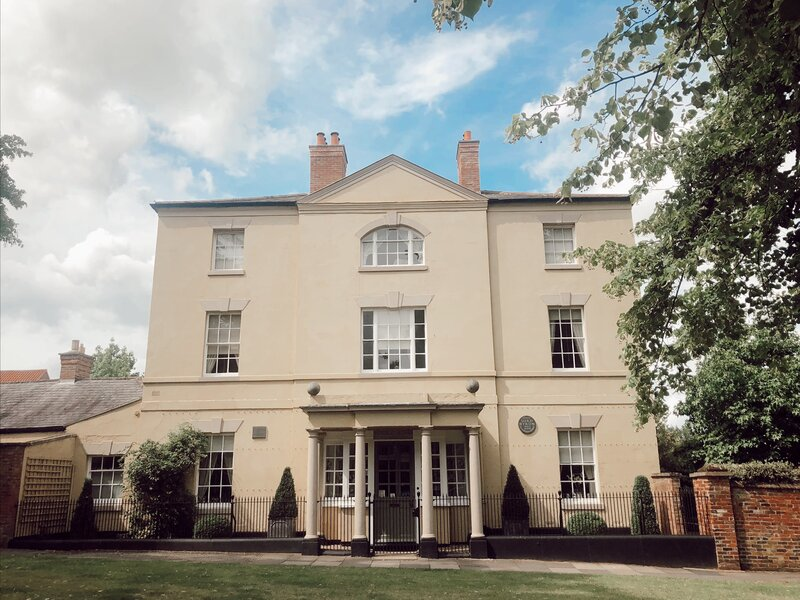 Where did Byron live in Southwell? Here at Burgage Manor. Things to see in Southwell