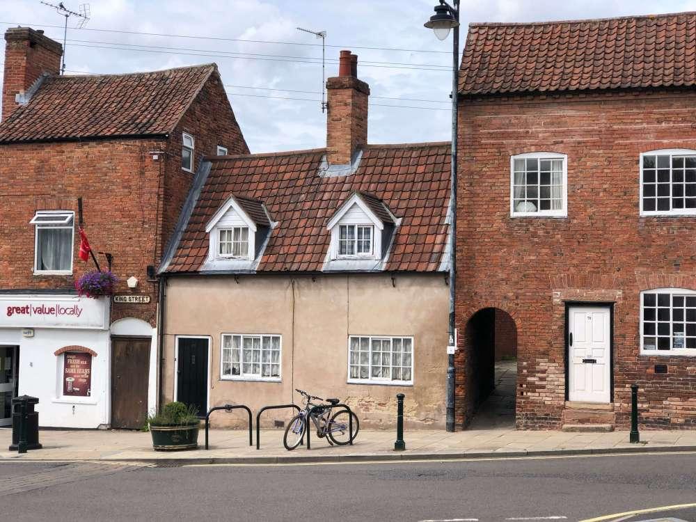 southwell nottinghamshire - a cute little english market town