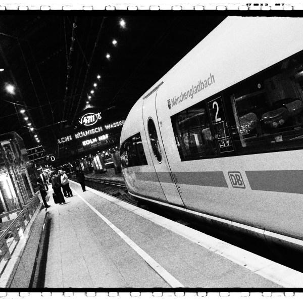 Hauptbahnhof. Köln.
