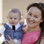 10 Tips to Lose Weight While Breastfeeding