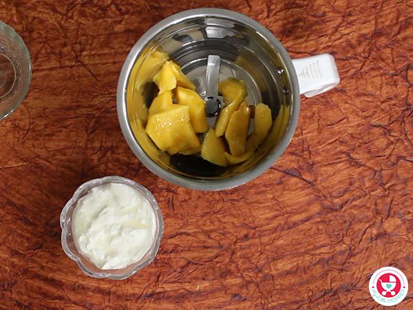 4 Fruit Yoghurt Recipe [ Summer recipe for Babies]