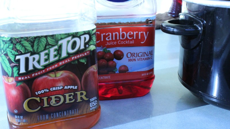 Spiced Apple-Cranberry Cider