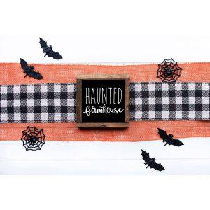panneau sign maison de campagne hantée Haunted farmhouse