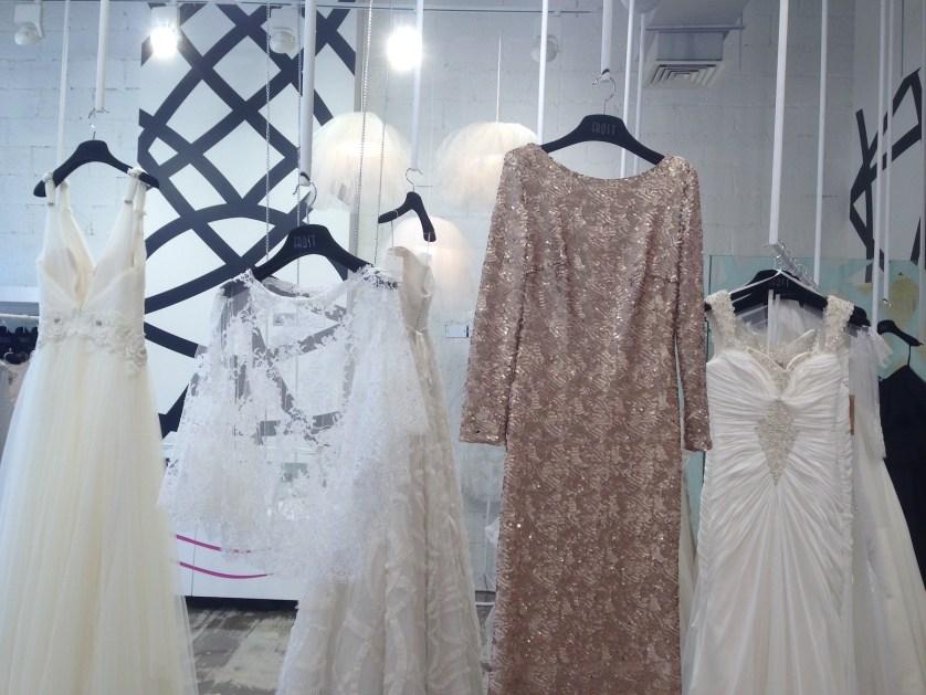 FROST – WEDDING DRESS HEAVEN ♥