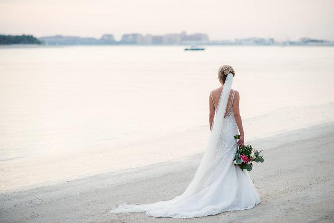 A Dubai beach side wedding | photographed by Bernie & Bindi