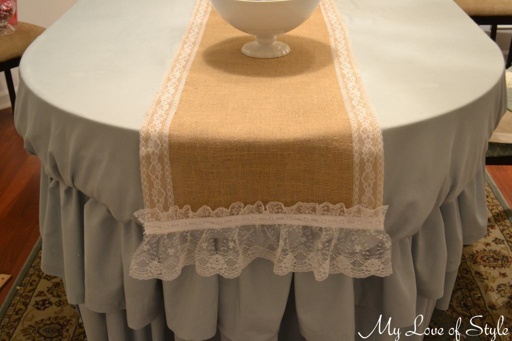 DIY Burlap & Lace Table Runner