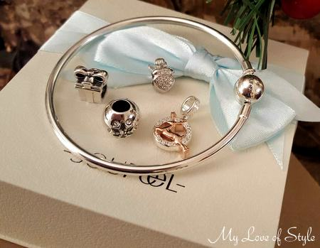 Christmas Charms and Charm Bracelet