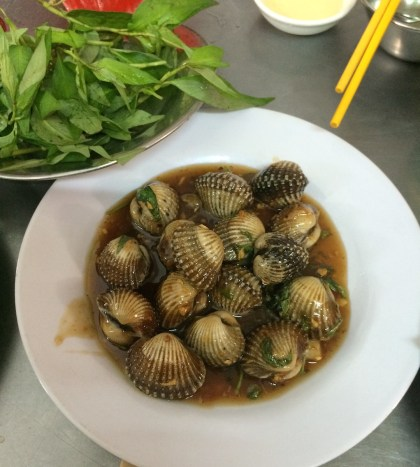 Blood clams in tamarind sauce