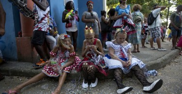 Brazils-Carnival-kicks-off-with-parades-and-street-parties.jpg
