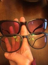 fluorescent lights: glasses that help