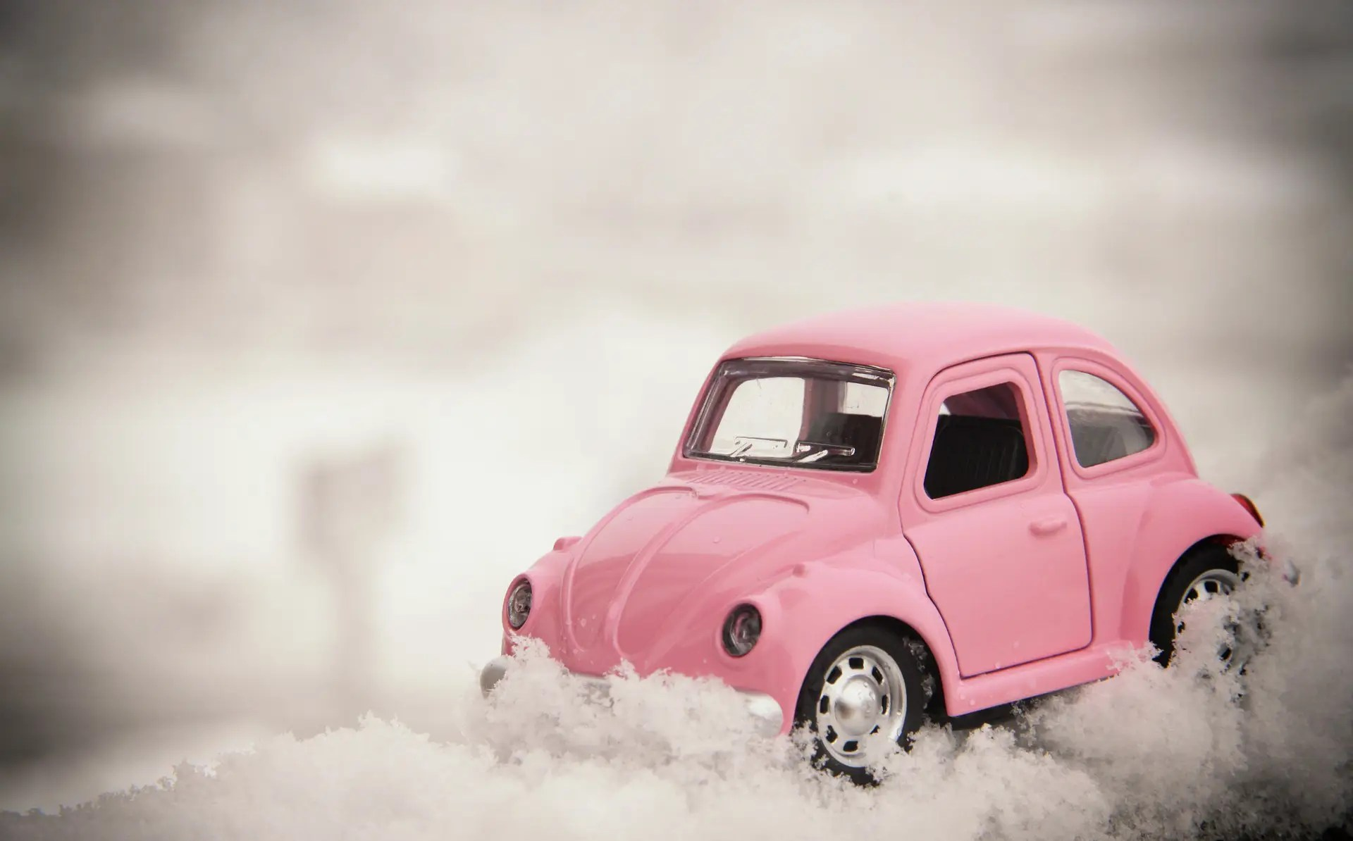 How to Save Money on Your Car This Winter