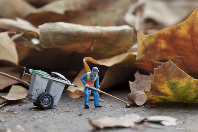 Artiste-Photographie-Slinkachu-Dead-Leaves