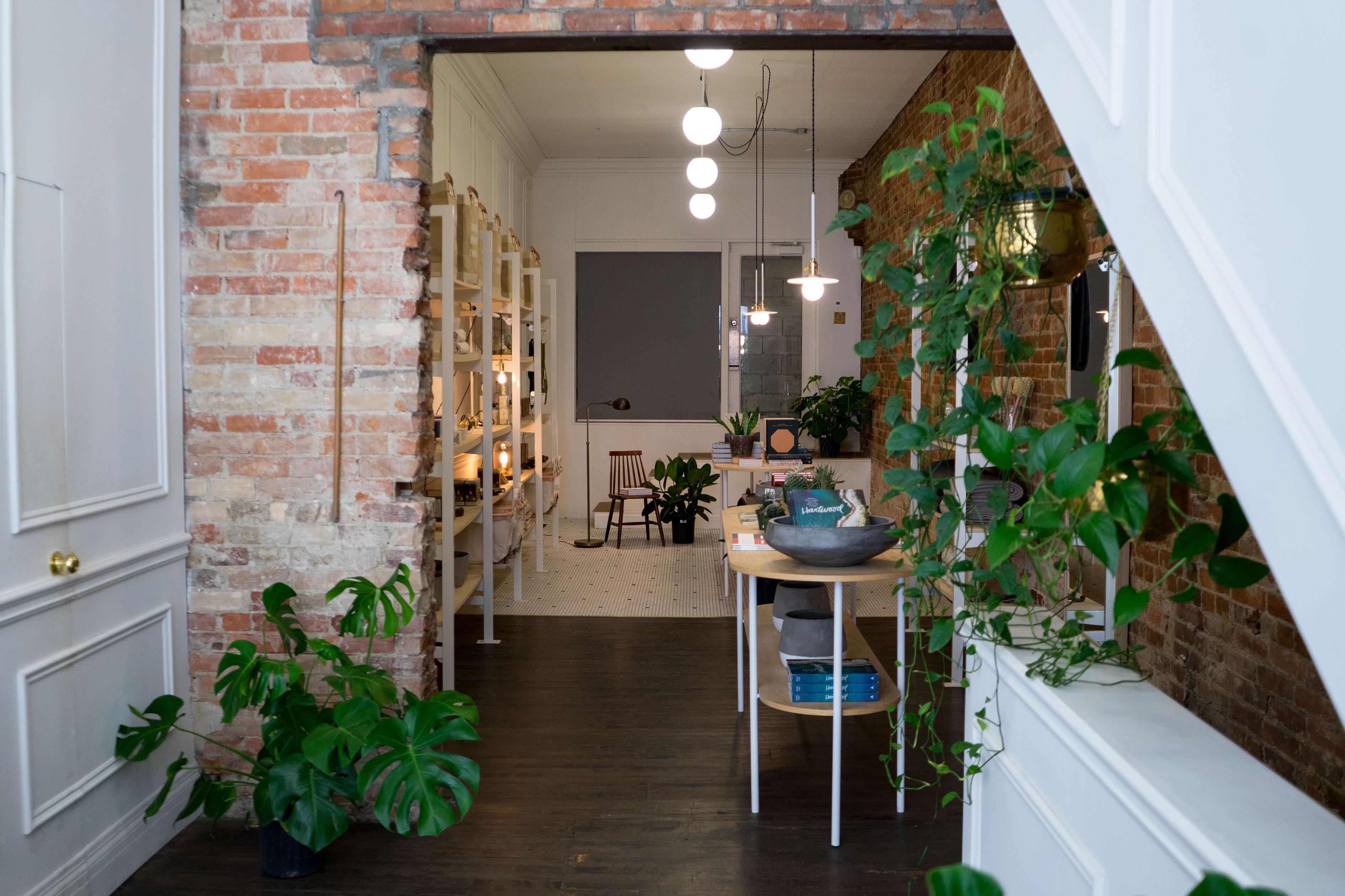 toronto old faithful shop interiors3