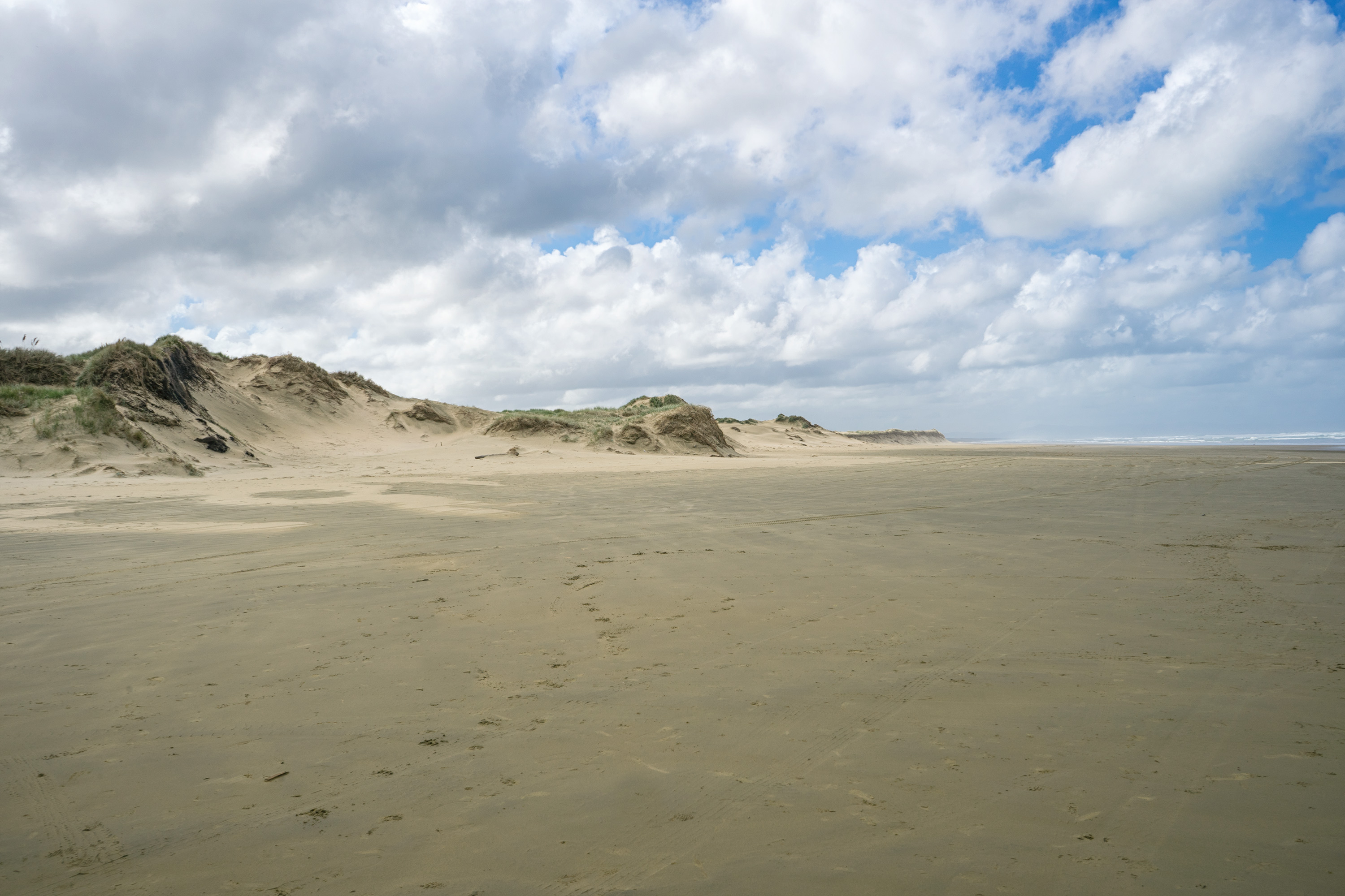 Empty Ninety Mile Beach