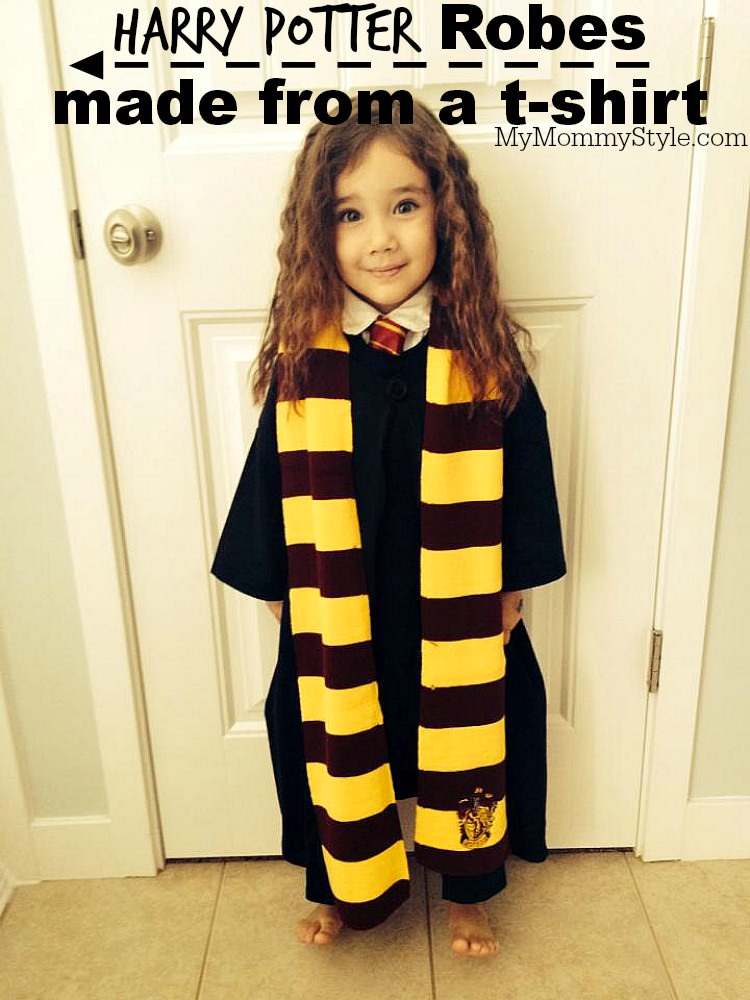 Create your own little wizard with this Harry Potter Robe Pattern. This 4 step tutorial is easy to follow, minimal sewing and it's made from a t-shirt! via @mymommystyle