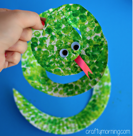 Bubble Wrap Art of a Green snake.